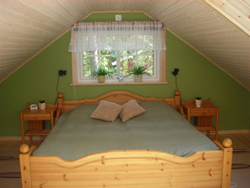 SPA cottage bedroom
